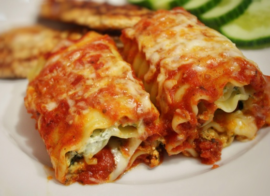 Spinach and Ricotta Lasagna Roll Ups... SOOO Yummy!