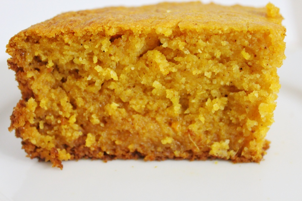 The BEST cornbread recipe on the internet
